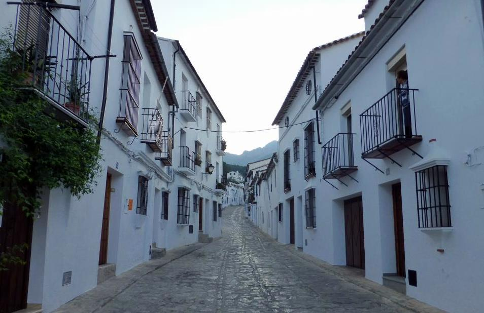 Resultado de imagen de fotos de las calles de grazalema